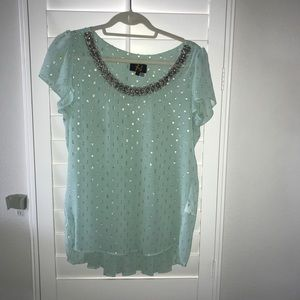 Mint top with metallic accents and beaded neck, S4
